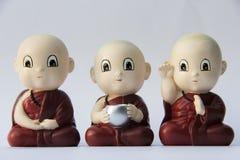 Petite sculpture en argile de moine Image stock