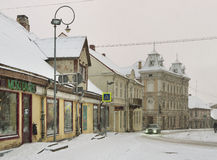 Petite ville dans une saison d'hiver Photos libres de droits