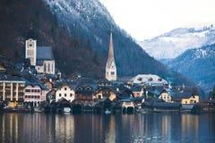 Petite ville historique Hallstatt Image stock