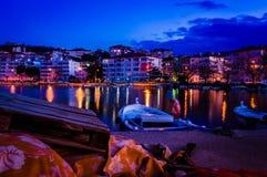 Petite ville sur le bord de la mer Photographie stock