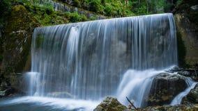 Petite voie d'eau, (Frigourg, la Suisse) Photos stock