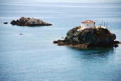 Petites îles en mer Photos libres de droits
