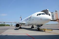 Petites compagnies aériennes de planète Photos libres de droits