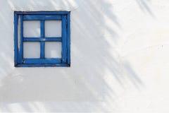Petites fenêtres en bois Photos libres de droits