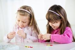Petites filles mignonnes Photographie stock libre de droits