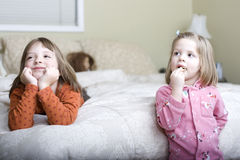Petites filles mignonnes Photos libres de droits