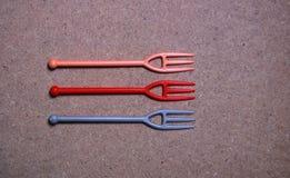 Petites fourchettes en plastique mignonnes Images libres de droits