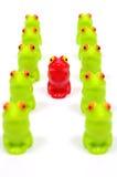 Petites grenouilles en plastique de jouet Photo libre de droits