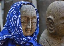 Petites statues de Jizo au temple de Hase-dera à Kamakura Image libre de droits