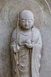 Petites statues de Jizo au temple de Hase-dera à Kamakura Photographie stock