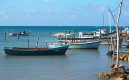 Petits bateaux de pêche au Cuba Photo libre de droits