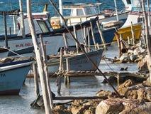 Petits bateaux de pêche au Cuba Photos libres de droits