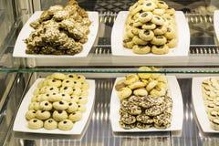 petits biscuits dans une boutique de pâtisserie Photographie stock