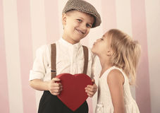 Petits couples mignons images stock