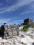 Petits et grands temples maya dans Tulum Images libres de droits