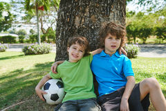 Petits footballeurs photos stock