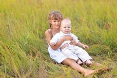 Petits frère et soeur Images stock