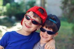 Petits frères Photos stock