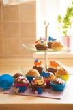 Petits gâteaux décorés Photo libre de droits