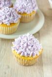 Petits gâteaux décorés Photos stock