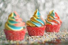 Petits gâteaux d'arc-en-ciel Foyer sélectif Image stock