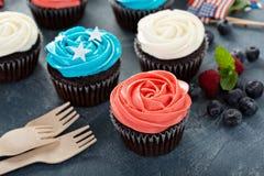 Petits gâteaux de drapeau américain pour le 4ème juillet Image libre de droits