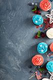 Petits gâteaux de drapeau américain pour le 4ème juillet Photographie stock