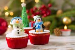 Petits gâteaux de fête pour Noël photo stock