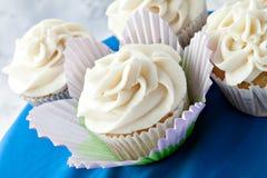 Petits gâteaux de fantaisie de vanille Image libre de droits