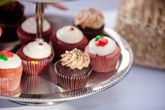 Petits gâteaux de mariage Image libre de droits