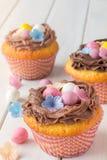 Petits gâteaux de Pâques verticaux Images stock