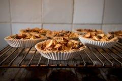 Petits gâteaux de tarte aux pommes Photographie stock libre de droits