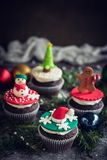 Petits gâteaux faits maison de bonbon à Noël Photos stock
