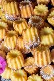 Petits gâteaux frais cuits au four de vanille Photo stock