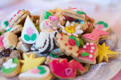 Petits gâteaux ou pâtisserie de mariage Image libre de droits
