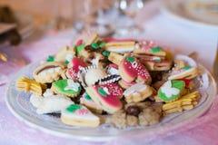 Petits gâteaux ou pâtisserie de mariage Photo libre de droits