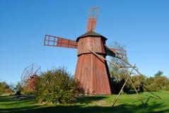 Petits moulins à vent rouges Image libre de droits