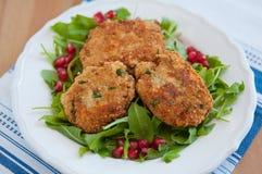 Petits pâtés de quinoa de Vegan Photos libres de droits
