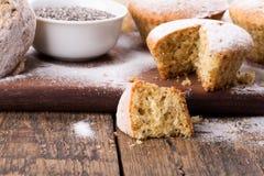 Petits pains avec des graines de chia images libres de droits