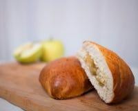 Petits pains avec la confiture Photo stock