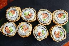 Petits pains délicieux avec les poissons et le fromage Images stock