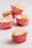 Petits pains délicieux sous forme de points de polka Image stock
