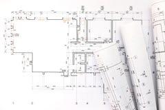 Petits pains d'architecte et plans, dessin technique de projet Image stock