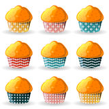Petits pains dans des tasses de papier Photographie stock libre de droits
