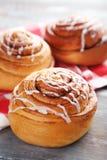 Petits pains de cannelle image stock
