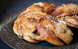 Petits pains de cannelle suédois Photos stock