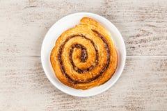Petits pains de cannelle traditionnels Images stock