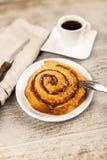 Petits pains de cannelle traditionnels Image stock