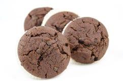 Petits pains de chocolat d'isolement sur le blanc Photographie stock