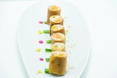 Petits pains de crêpe bourrés du fromage fondu léger Photo stock